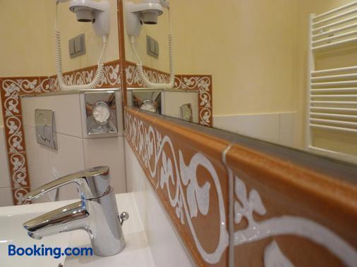 Gästehaus Deidesheim - Deidesheim - Bathroom