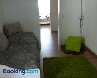 A&M-Wohnen - Ravensburg - Living room