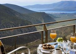Nidimos Hotel - Delphi - Balcony