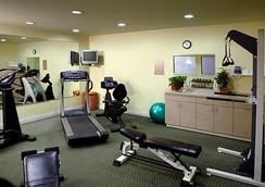 Plaza Inn & Suites at Ashland Creek - Ashland - Gym