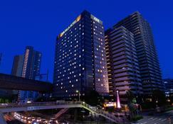 APA Villa Hotel Sendaieki-Itsutsubashi - Sendai - Building