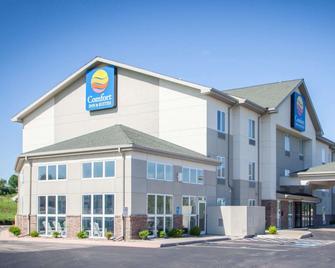 Comfort Inn and Suites Harrisonville - Harrisonville - Edificio