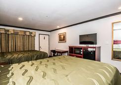 Americas Best Value Inn Ft. Worth - Fort Worth - Bedroom