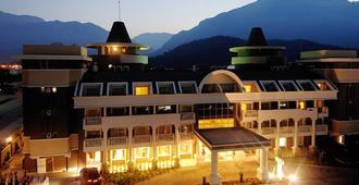 Viking Star Hotel - Kemer - Building