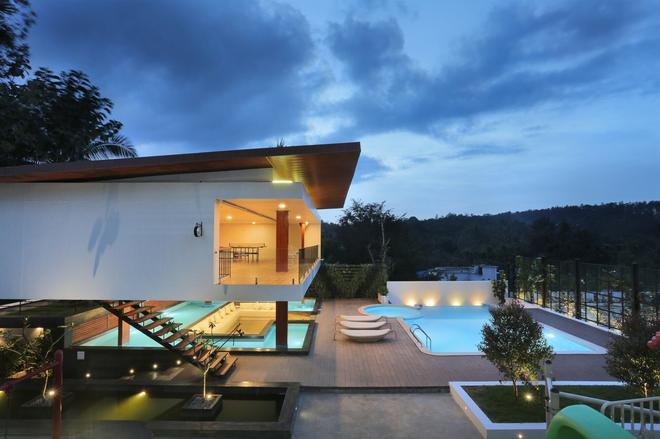 Le Villagio Holiday Apartment - Sultan Bathery - Pool