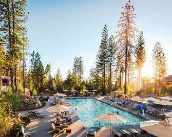 Rush Creek Lodge At Yosemite - Groveland - Bazén