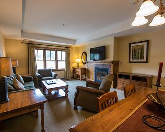 The Lodge at Mountaineer Square - Crested Butte - Living room