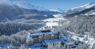 Suvretta House - Sankt Moritz - Außenansicht