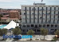 Hotel Mareblu - Senigallia - Building