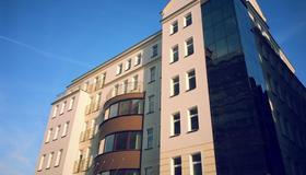 Hotel Desilva Premium Poznan - Posen - Gebäude