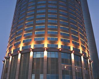Shangri-La's Far Eastern Plaza Hotel, Tainan - Tainan - Building