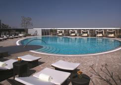 香格里拉台南遠東國際大飯店 - 台南 - 游泳池