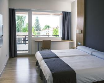 Hotel Jatorrena - Bastida - Bedroom