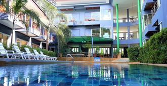 Aonang Village Resort - Ao Nang - Pool