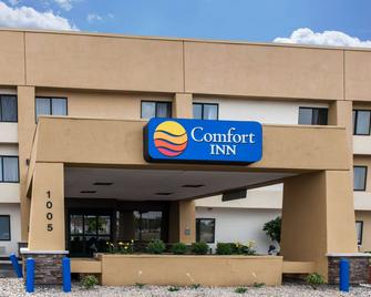 Comfort Inn - Fort Wayne - Building