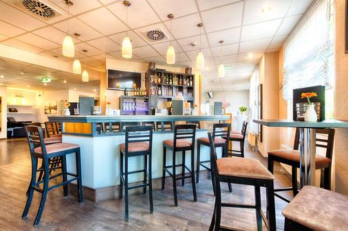 梅瑟-萊比錫 ACHAT 凱富酒店 - 萊比錫 - 萊比錫 - 酒吧