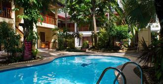 Alona Vida Beach Resort - Panglao - Pool