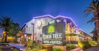 Lemon Tree Hotel & Suites Anaheim - Anaheim - Gebäude