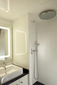 Best Western Bretagne Montparnasse - Paris - Bathroom