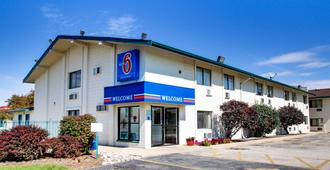 Motel 6 Normal Bloomington Area - בלומינגטון
