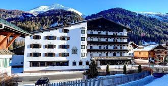 Arlberg Hotel - Sankt Anton am Arlberg - Building