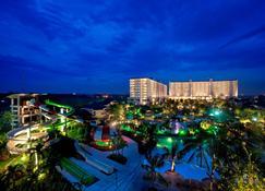 Jpark Island Resort & Waterpark - Lapu-Lapu City - Vista del exterior