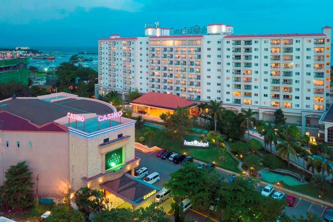 Jpark Island Resort & Waterpark Cebu - Lapu-Lapu City - Gebäude