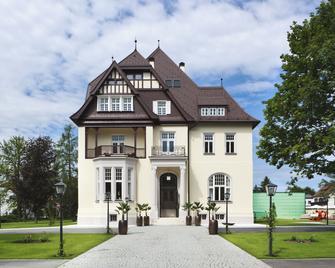 Hotel Steirerschlössl - Weisskirchen in Steiermark - Budova