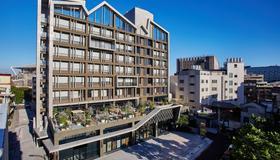 U.I.J Hotel & Hostel - Tainan - Building