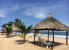 Akwidaa Inn - Akwida - Beach