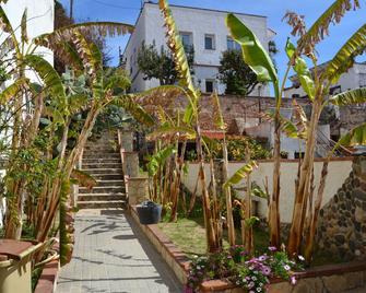 Hostal Casa Torrent - Canet de Mar - Außenansicht