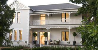 Middedorp Manor - Stellenbosch - Building