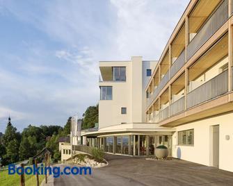 Spes Hotel & Seminare - Schlierbach - Building