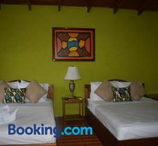 Hotel Roca Negra Del Arenal