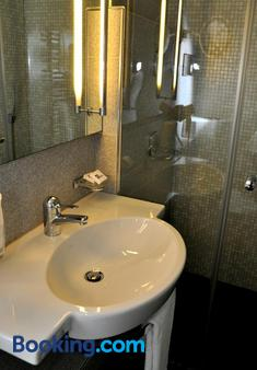 Soldanella - St. Moritz - Bathroom