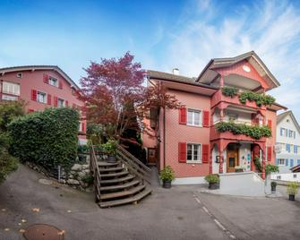 Boutique Hotel Schluessel - Beckenried - Building