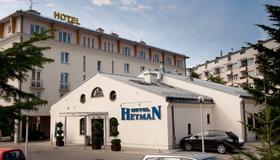 Hotel Hetman - Rzeszów - Gebouw