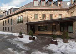 Hotel Vilagaros - Garòs - Bâtiment