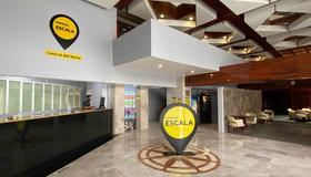Hotel Escala Central del Norte - Mexico City - Front desk