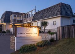 Cambria Beach Lodge - Cambria - Building