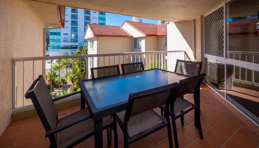 Jubilee Views Holiday Apartments - Broadbeach - Μπαλκόνι