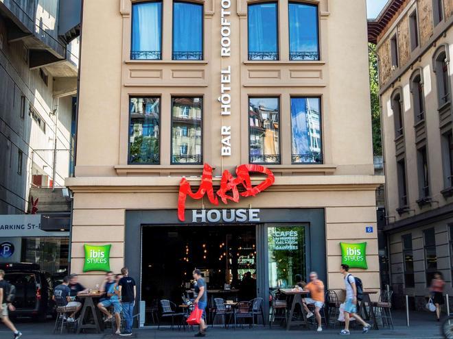 ibis Styles Lausanne Center Mad House - Lausanne - Building