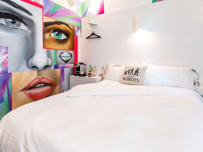 ibis Styles Lausanne Center Mad House - Lausanne - Bedroom