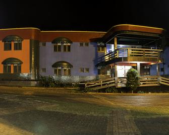 Acapu Hotel - Rio Verde - Building