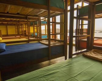 One Tree Hill Hostel - Labuan Bajo