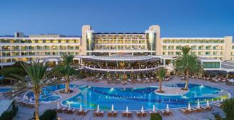 Constantinou Bros Athena Beach Hotel - Pafos