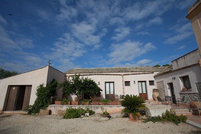 Agriturismo Baglio Donna Santa - Trapani - Building