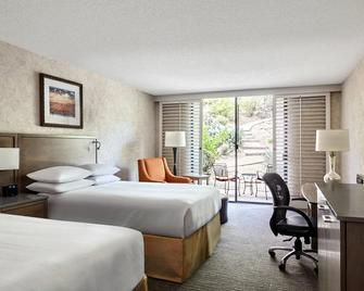 Marriott Phoenix Resort Tempe at The Buttes - Темпі - Bedroom
