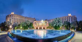 Crowne Plaza Resort Sanya Bay - Sanya - Piscina