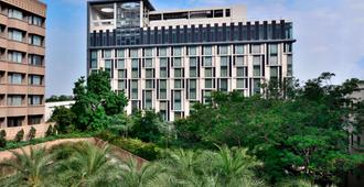 Courtyard by Marriott Hyderabad - Hyderabad - Building